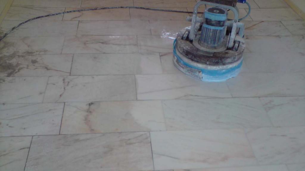 Natuursteen vloer laten leggen Wat is de prijs per m2