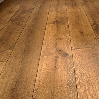 Houten vloeren planken duoplank bourgogne en tapis