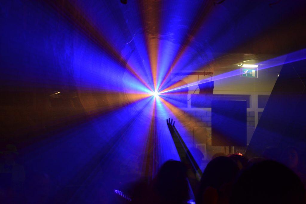 Eigen lasershow laten samenstellen