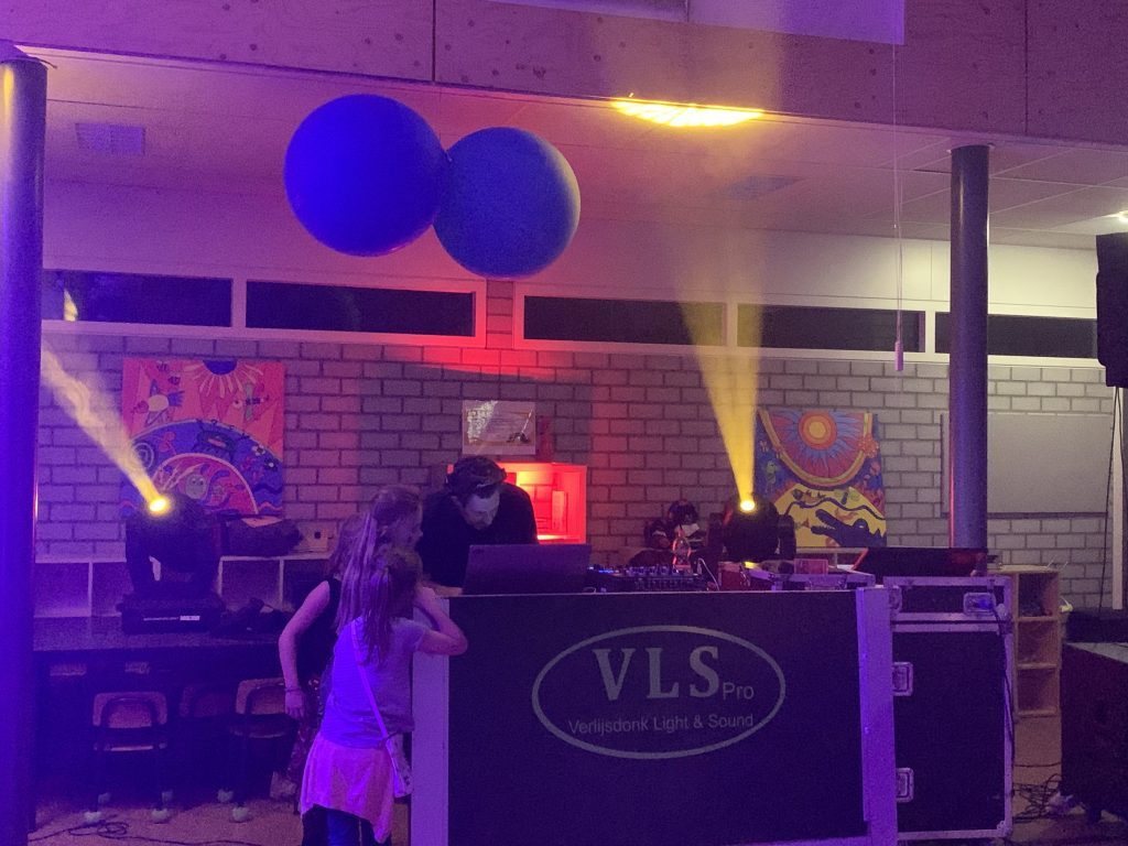 Kinderdisco DJ show
