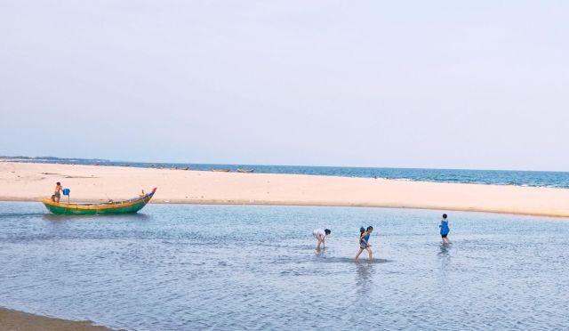 Là một điểm đến có cả nước mặn và nước ngọt ở Vũng Tàu(Nguồn sưu tầm)