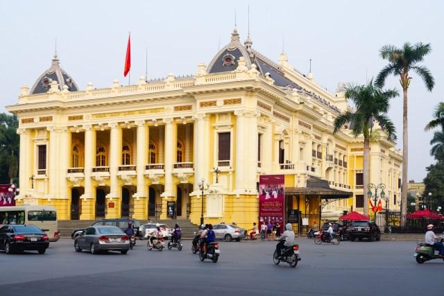 Hà Nội đi đâu chơi những lên ghé qua nhà hát lớn Hà Nội