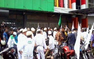 Dinilai Lecehkan Umat Islam, Aliansi Umat Islam Sumatera Utara Demo Jurnal Asia Medan