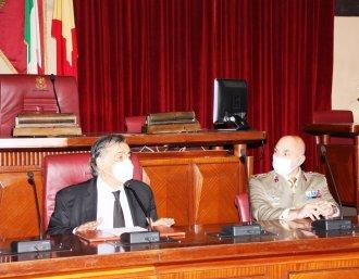 Il sindaco di Palermo Leoluca Orlando e il colonnello Mario Rea_1