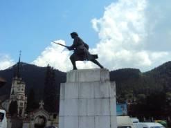 statuia eroului necunoscut Brasov