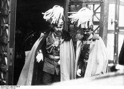 Kaiserul Wilhelm al II lea si printul mostenitor Ferdinand al Romaniei la Berlin. incepand din 1893, Romania a avut un tratat de alianta cu Puterile Centrale, Germania si Austro-Ungaria, tratat la care a renuntat in 1916 cand a intrat in Primul Razboi Mondial de Partea Antantei.