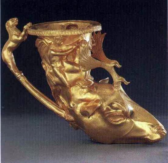 riton de aur tezaurul de la panaghiuriste