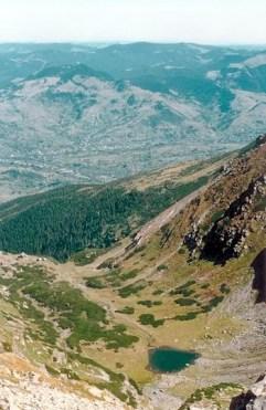 Caldarea Iezerul Pietrosului muntii rodnei romania natura