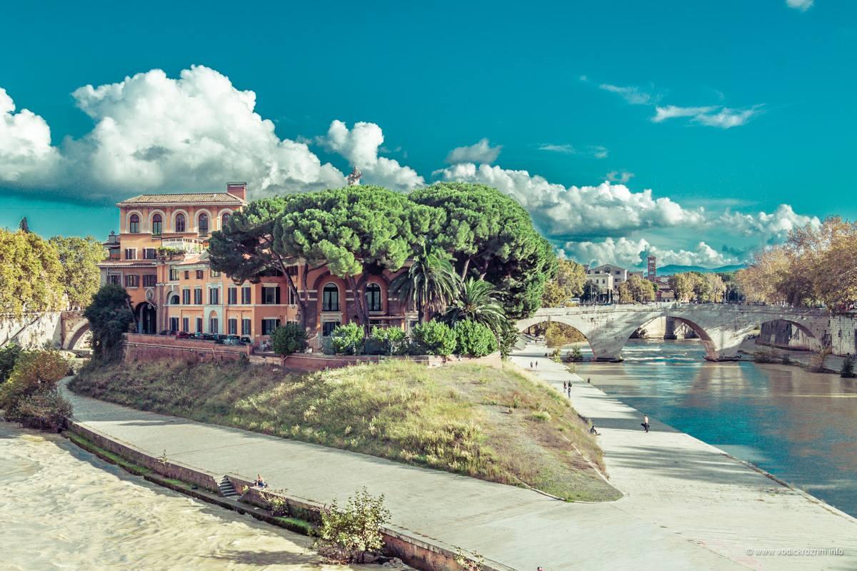 Ostrvo Tiberina (foto: Vodič kroz Rim)
