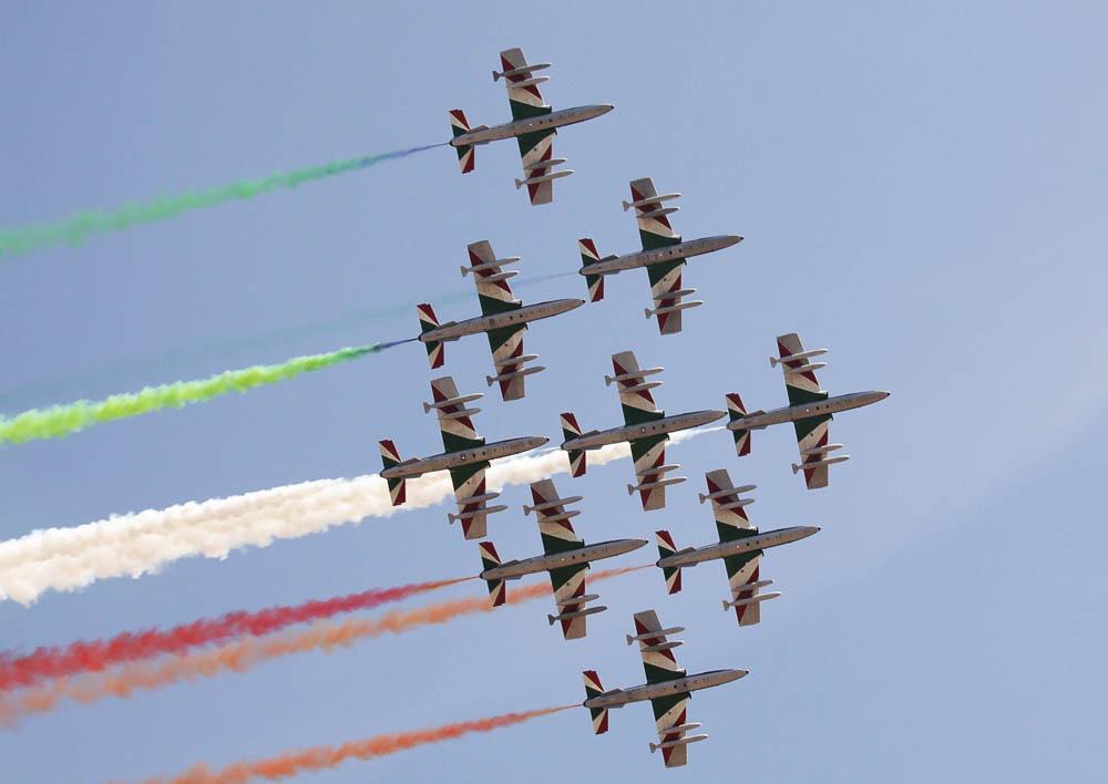 """Akrobatski aero šou italijanske grupe """"Frecce Tricolori"""""""