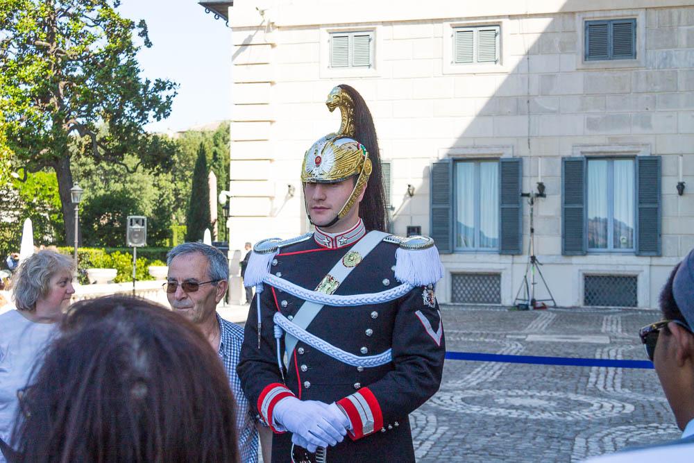 """Kirasir u svečanoj uniformi """"mezza gala"""""""