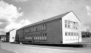 Grundschule Heidstock 1960 (Bild: Stadt Völklingen)