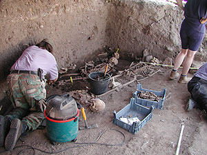 Impression aus der Grabungsperiode 2003