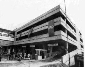 Das Passage-Kaufhaus eröffnet in Völklingen das erste Parkhaus (Foto: Archiv Stadt Völklingen)