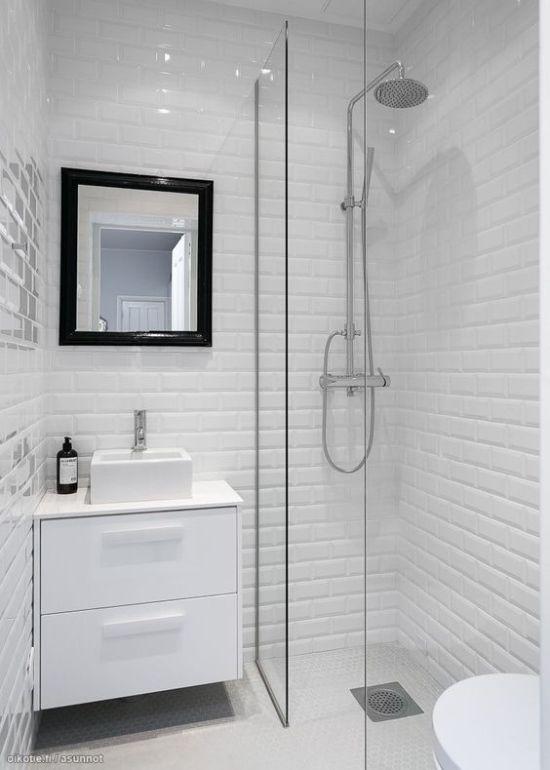 bagno-piccolissimo-con-doccia