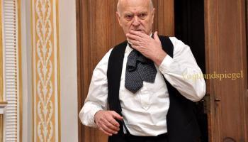 Volker Müllers Stück Der geschwätzige Gast