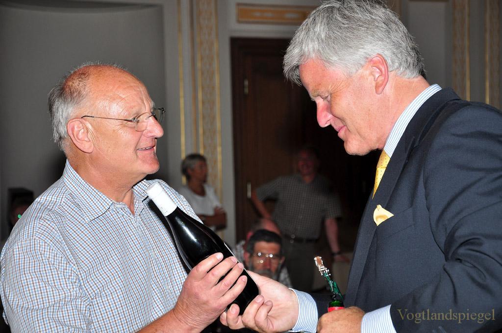 Weinselige Runde mit Dr. Georg Prinz zur Lippe