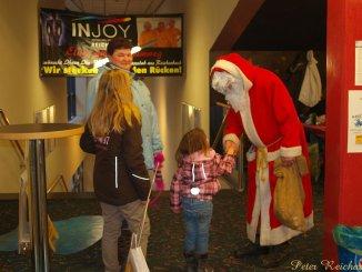 Weihnachtsmann kam ins Greizer Kino UT 99