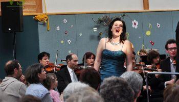 Benefizkonzert der Vogtland Philharmonie Greiz/Reichenbach in Carolinenfeld