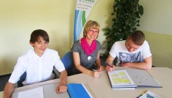 Unterzeichnung der Lehrverträge