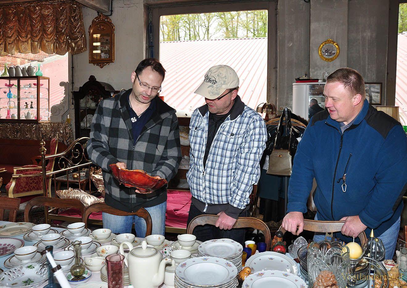 Großes Interesse am Trödel & Sammlermarkt bei Heiko von Bogen