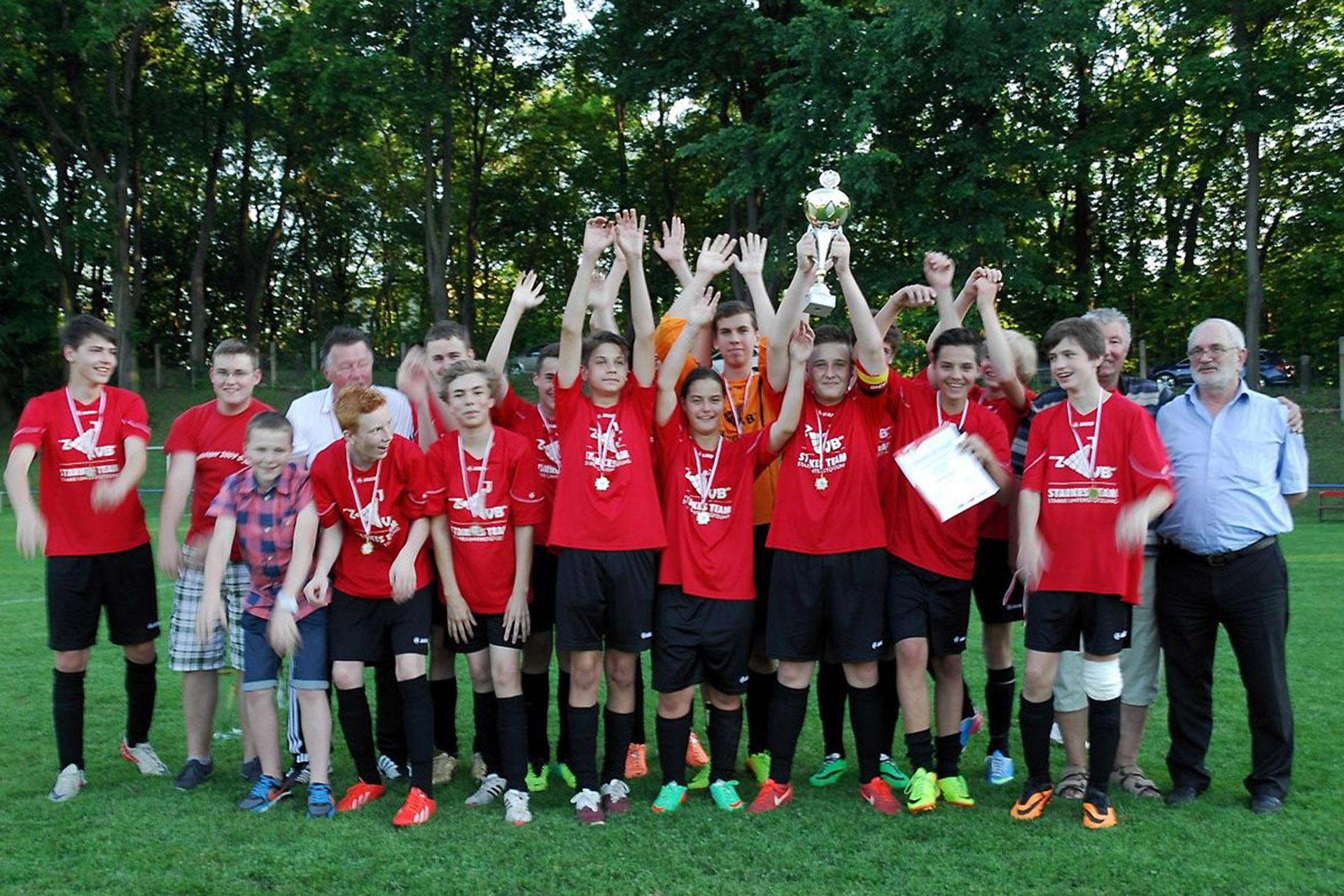 Fußball: C-Junioren freuen sich über Meistertitel