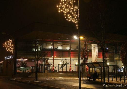 Vogtlandhalle Greiz hat einen Weihnachtsbaum