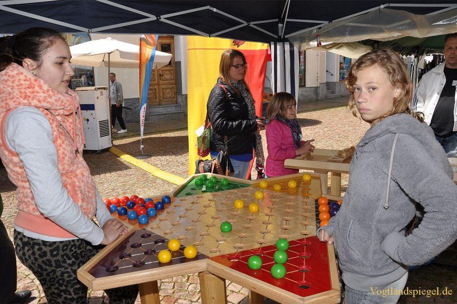 Viel Betrieb beim Park-und Schlossfest