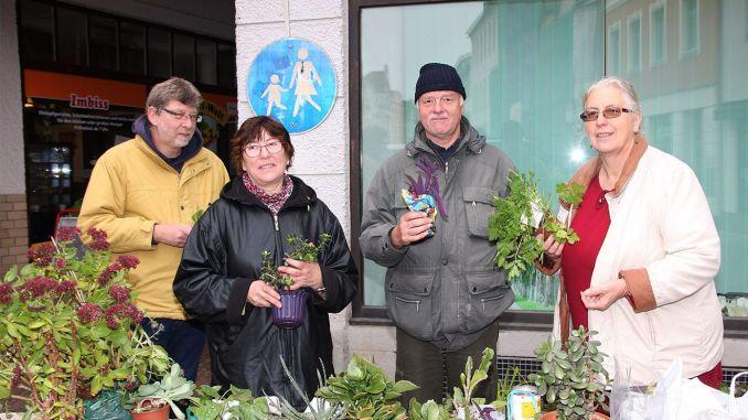 Gut besuchte Pflanzentauschbörse auf Greizer Markt