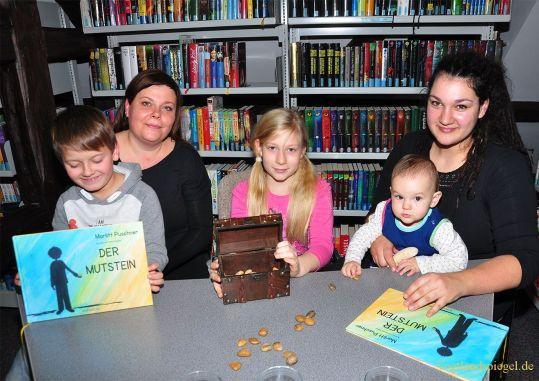 """Bibliothek Greiz: Kinderbuch """"Der Mutstein"""" vorgestellt"""
