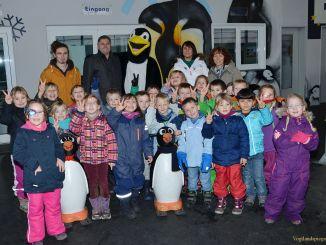 Kita Freundschaft besucht Greizer Eisbahn und Zweifeldersporthalle