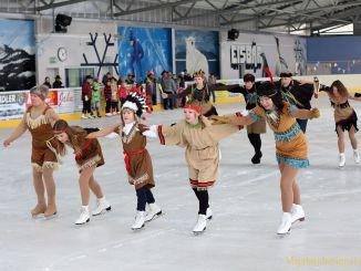 Eiskunstläufer entführen in den Wilden Westen