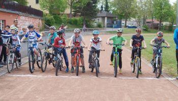 Fette-Reifen-Rennen bei Greizer Kreisjugendspielen 2016