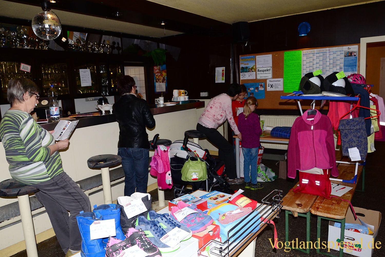 Sehr gut besuchter Flohmarkt im Jugendclub Spektrum