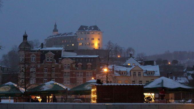 Winterdorf der BI Greiz: Wo Goethe und Schiller Weihnachtsmützen tragen