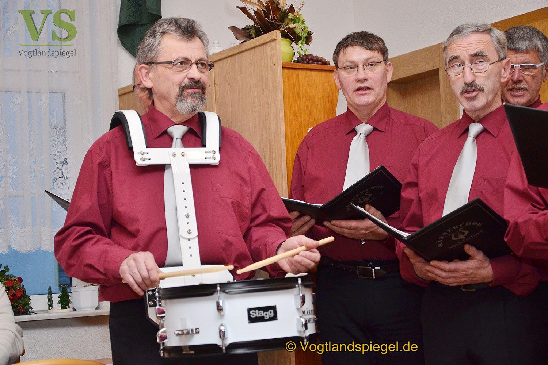 Mohlsdorfer Männerchor erfreut mit weihnachtlichen Weisen