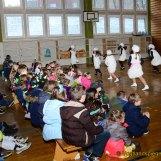 Rosenmontag: Pohlitzer Grundschüler begeistert vom Auftritt des Tanzsportvereins Greiz