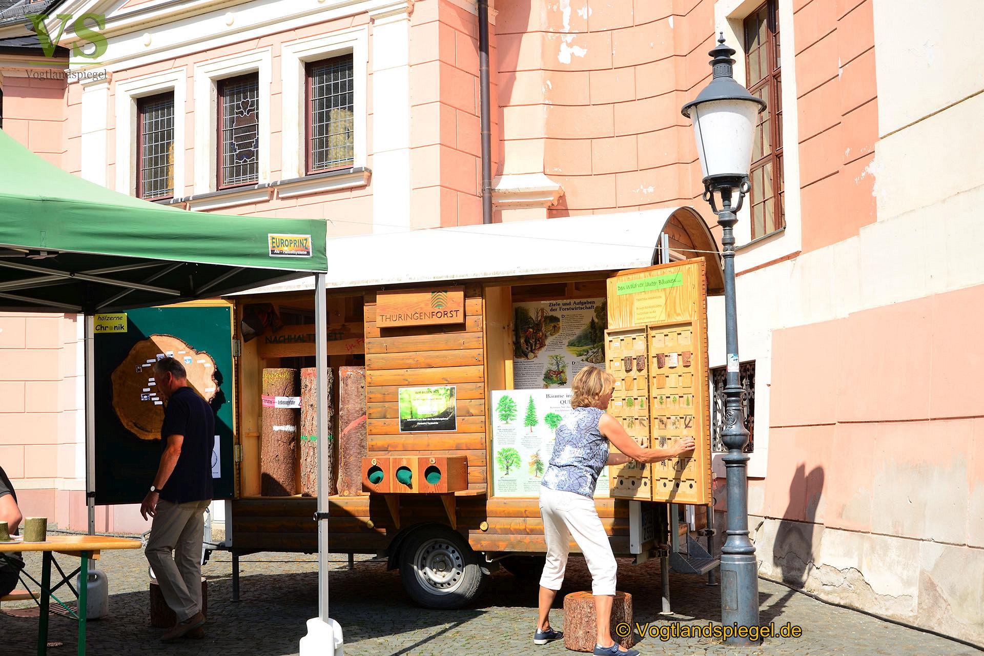Buntes Programm und über 130 Händlerstände zum Greizer Park und Schlossfest