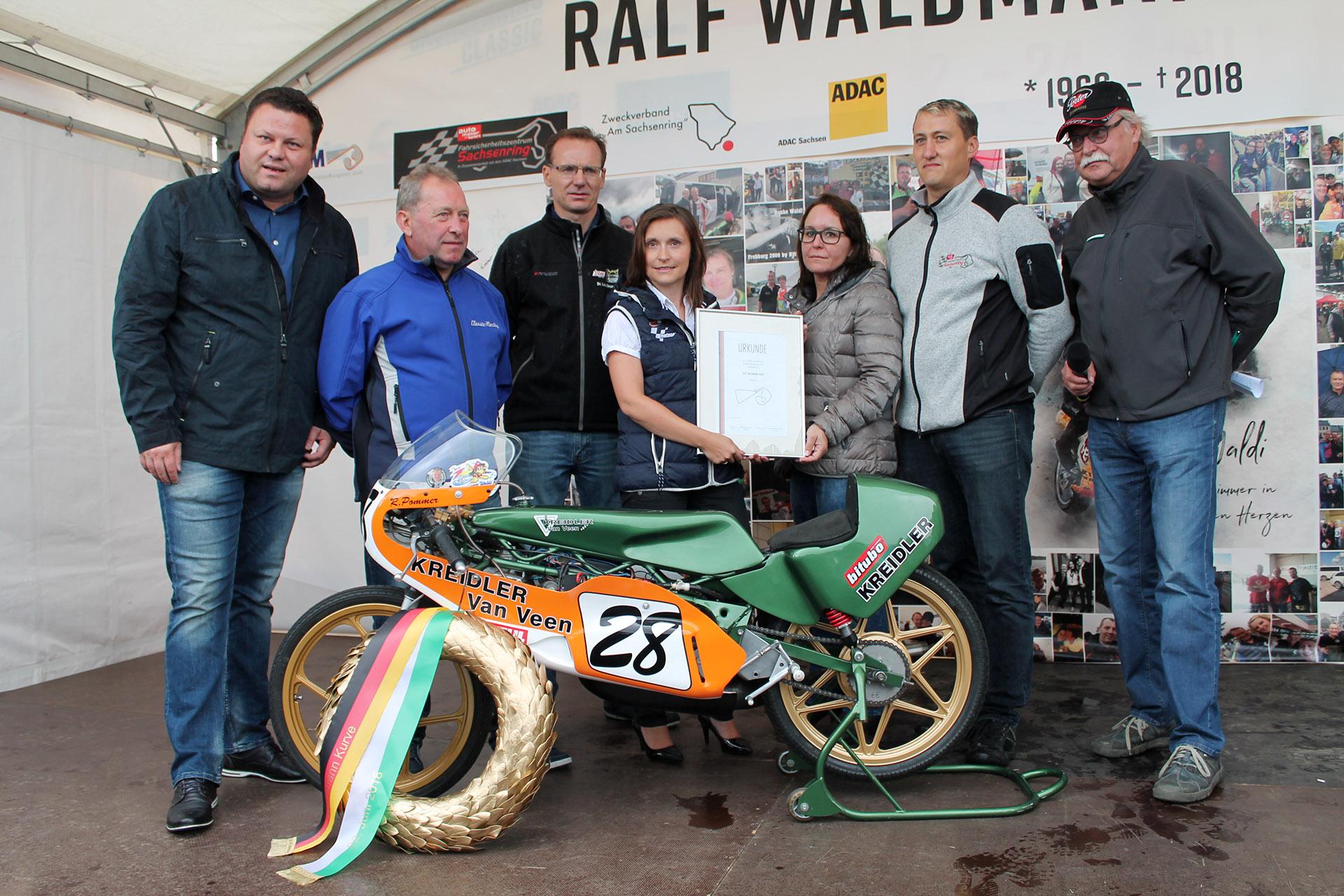 Sachsenring: Legendäre Kurve 11 wurde zur Ralf-Waldmann-Kurve umbenannt
