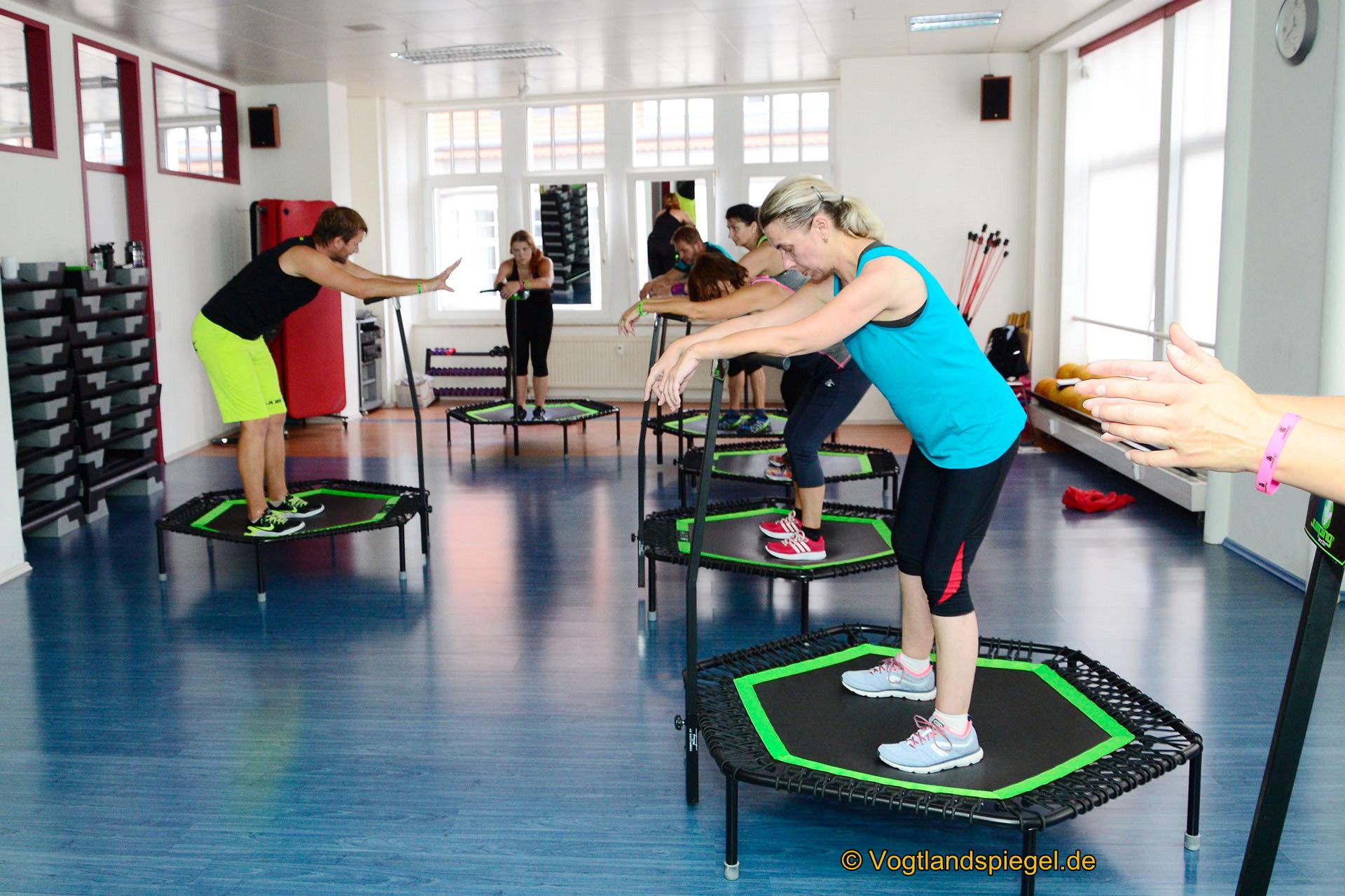 Team des Gesundheitszentrum Friends absolviert Jumping Fitness Basic Ausbildung