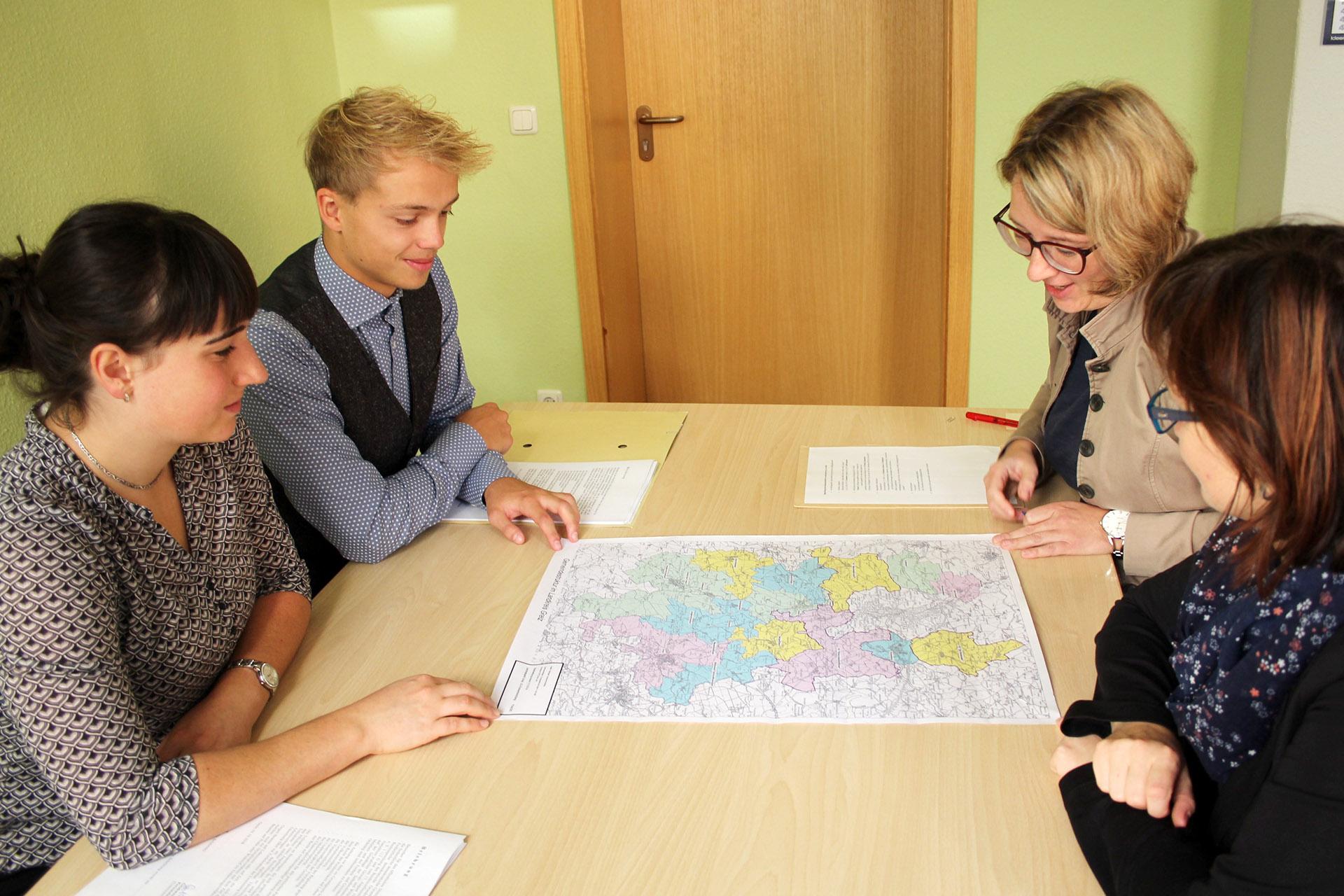 Dienstantritt für neue Beamtenanwärter
