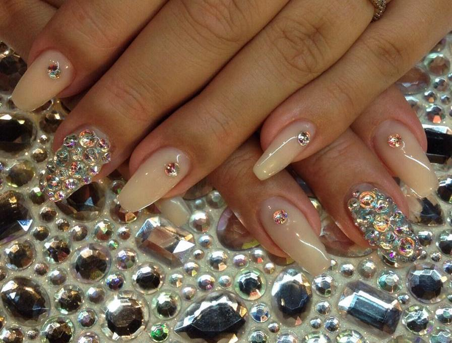 Manicure tips that will gain repeat clients
