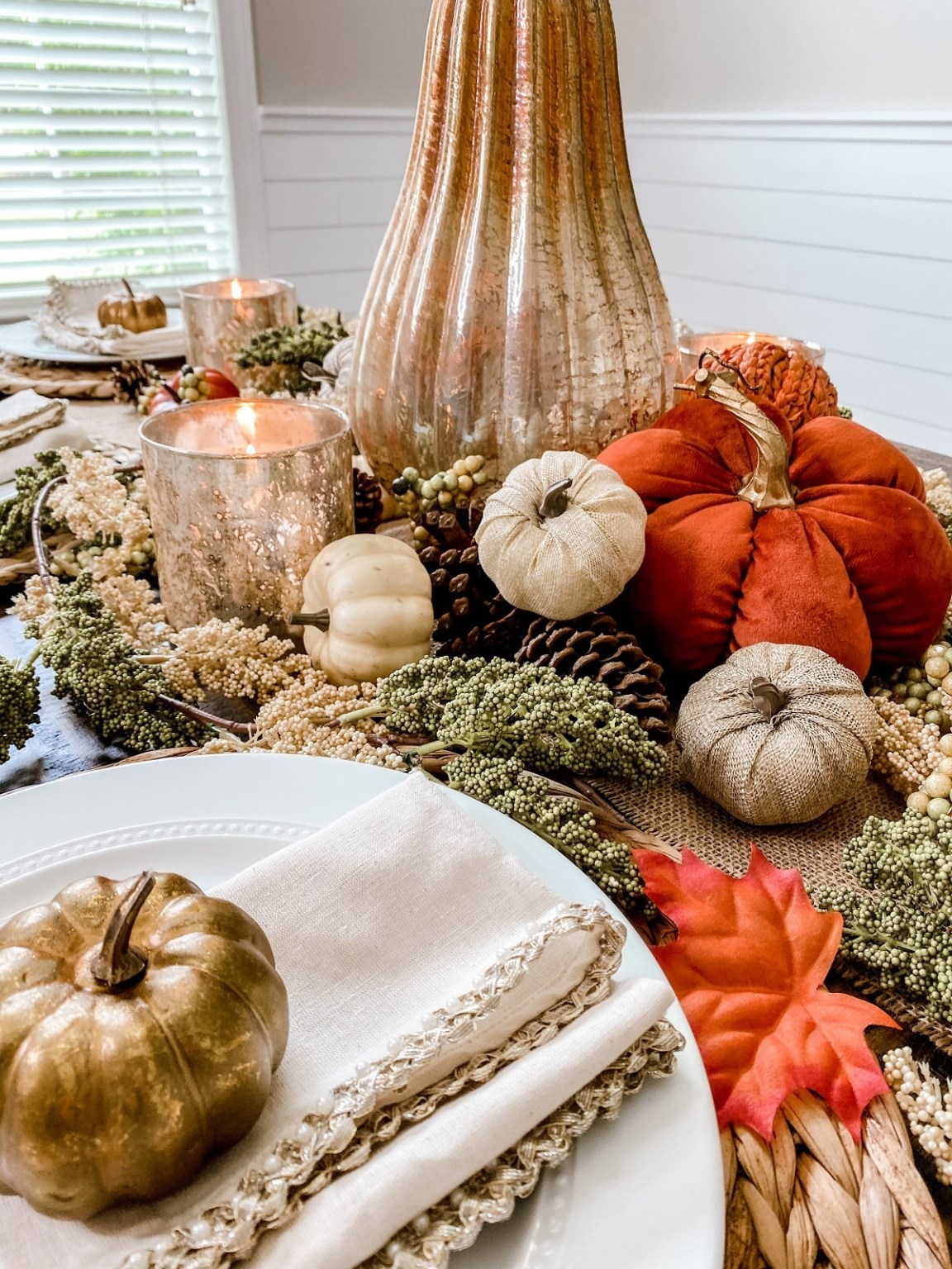 candles for fall table décor