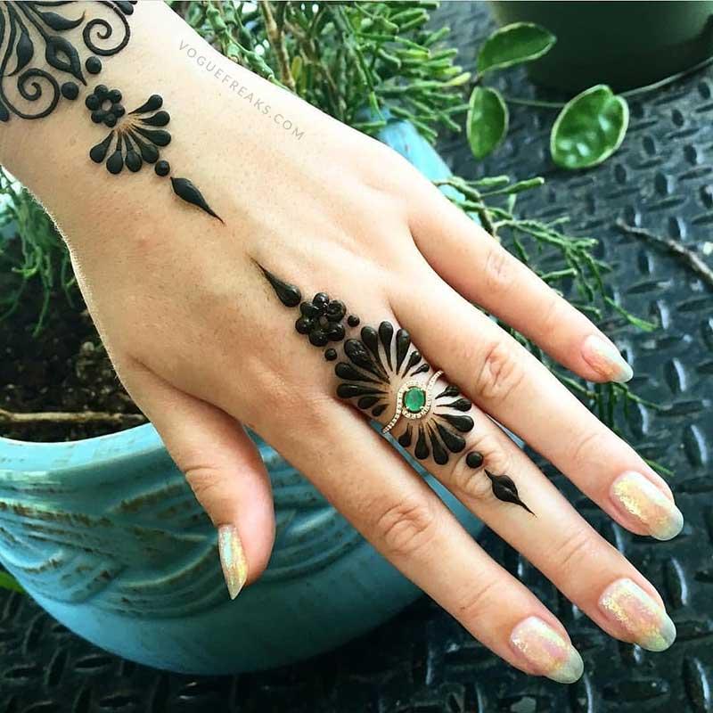 Rose Fancy Tattoo Mehndi Design 2018