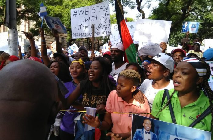 Thousands throng Pretoria as Major One is released
