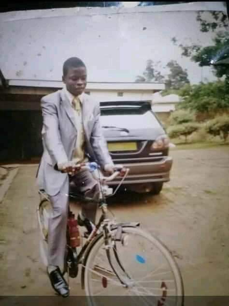 Image Shepherd Bushiri on bicycle