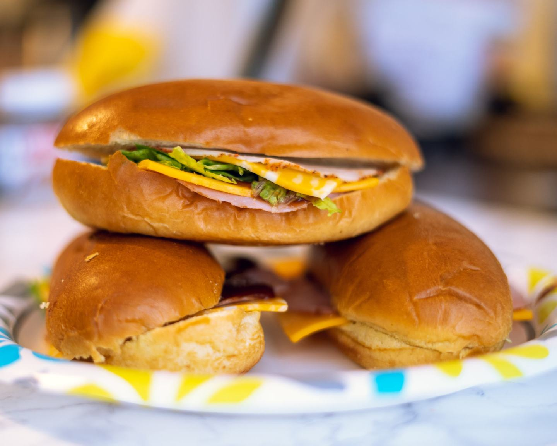 simply schnucks sandwiches