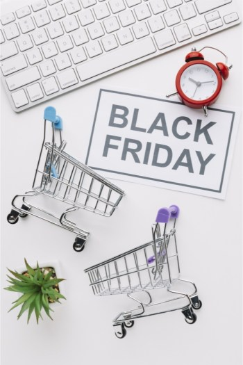 Black Friday shopping can be crazy and a lot to handle. These Black Friday shopping tips will help you manage the mayhem.