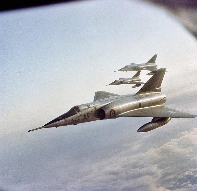 Tout Savoir Sur La Terrasse En Bois Thermo Modifié: Tout Savoir Sur Le Mirage IV