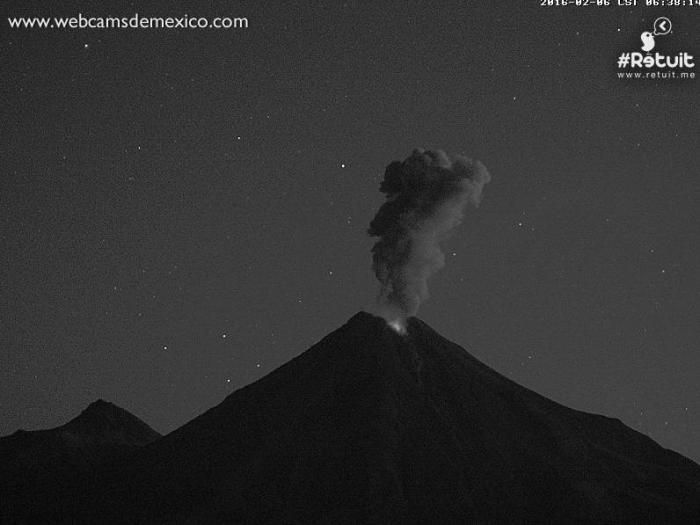 Night-time Strombolian eruption of Colima de Fuego, Mexico. (Webcams de Mexico)